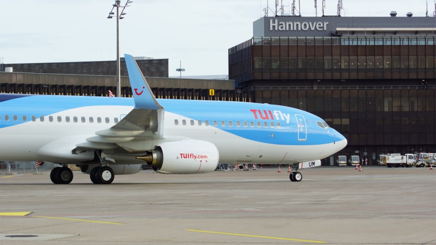 TUI resumes holiday flights in June