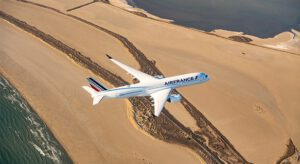 Air France-KLM is going to cooperate more with China Eastern Airlines